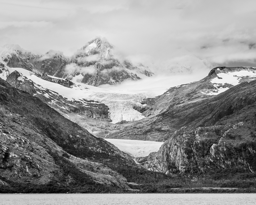 Photograph: Mountains and Glaciers